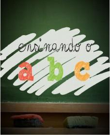 Album - Aulas de Inglês do Projeto palavra e Poder ensinando o ABC