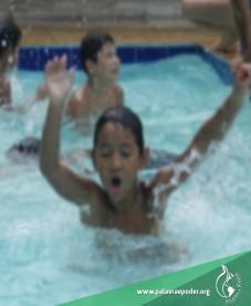 Album - Projeto Gaturamo Bandeira - Dia na piscina
